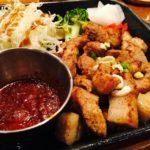 sos barbecue do mięs z grilla